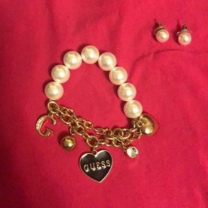 Guess Jewelry: Bracelet and Earrings Set